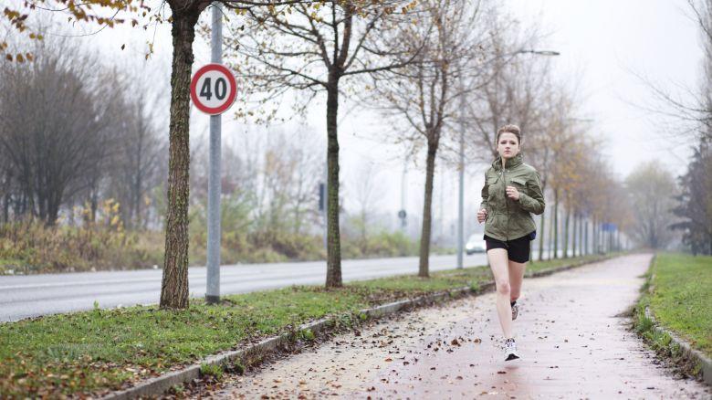 Tessuto corsa per pioggia neve caldo